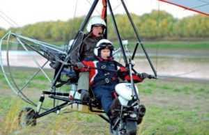 У РФ розбився інструктор, який вчив Путіна літати з журавлями