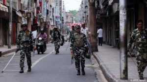 Обострение конфликта вокруг Кашмира: Пакистан выдворил посла Индии