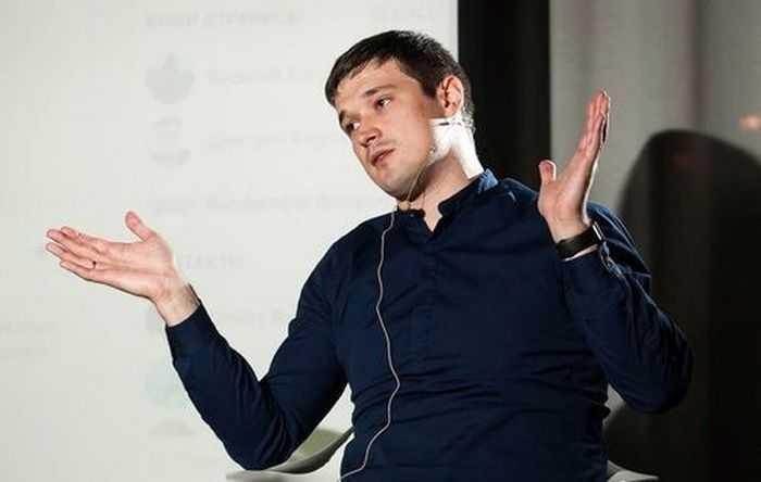 Як у Росії слуги народу і міністр хочуть заборонити вільний продаж SIM-карт