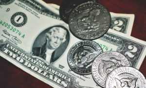 Куди зник готівковий долар